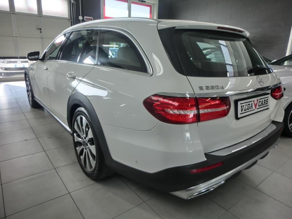 E220 D SW 4MATIC ALL-TERRAIN
